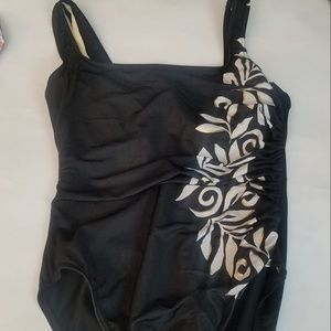 Miraclesuit One Piece Ruched Black Size 12 Floral